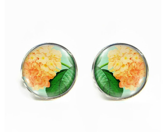 Hydrangea small post stud earrings Stainless steel hypoallergenic 12mm Gifts for her