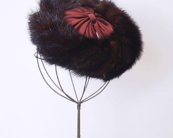 Vintage 50s mink fascinator / 50s fur hat /  1950s mink hat / brown mink hat / hat with bow