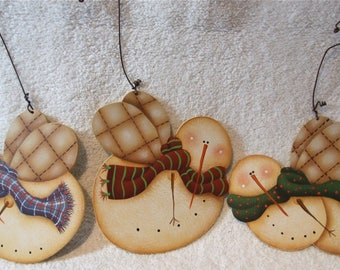 Hand Painted Prim Flying Snowmen Wooden Christmas Ornaments