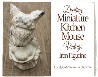 REDUCED Miniature Cast Iron Kitchen Mouse- Farmhouse Decor- House Mouse- Vintage Mouse Figurine- 1930s Antique Lead Mouse- Baker- Pie
