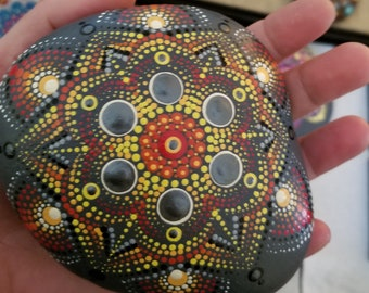 TRIANGLE TWIRL Silver and Gold Flower dotted mandala stone