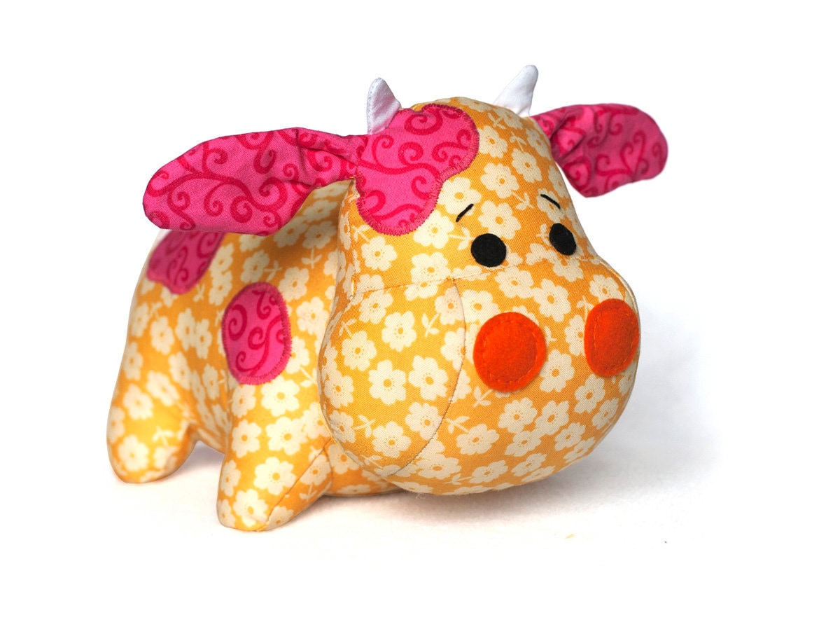 Cow sewing pattern sew a plush toy pdf instant download zoom jeuxipadfo Images