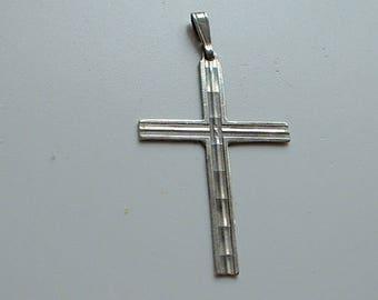 Large sterling silver cross pendant