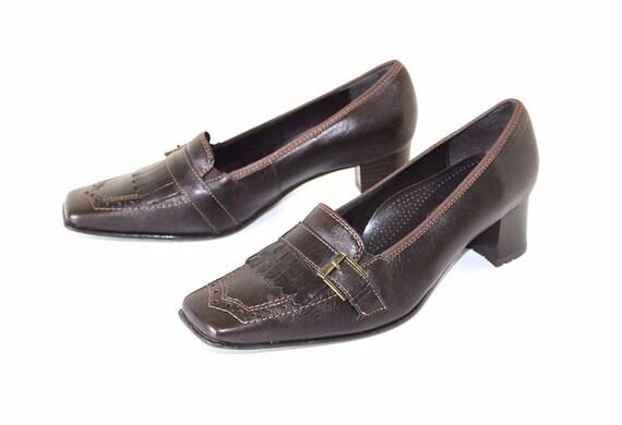 LADIES black court shoe size 4 D (EU37.5) ARA