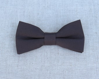 Grey Bow Tie, Mens Bow Tie, Solid Grey Bow Tie, Bow Tie for Men, Bow Tie for Wedding, Plain Bowtie, Groomsmen Bow Tie, Groom Bow Tie