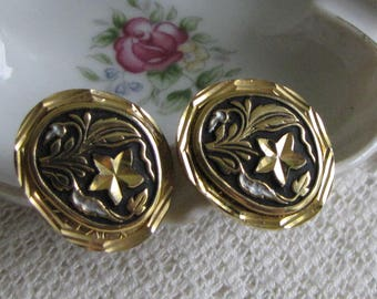 Black and Gold Toned Cufflinks with Mother of Pearl Inlays Vintage Damascene Formal Wear Men's Jewelry and Accessories