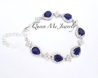 Blue sapphire bracelet - Cubic Zirconia's - Halo - High quality - Something blue - Brides bracelet - Septembers birthstone - Gift - TIA
