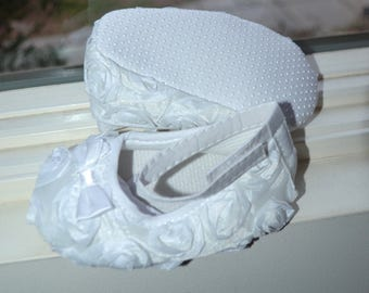 White baby shoes ,infant shoes,baby girl shoes,christening shoes,baptism shoes,crib shoes