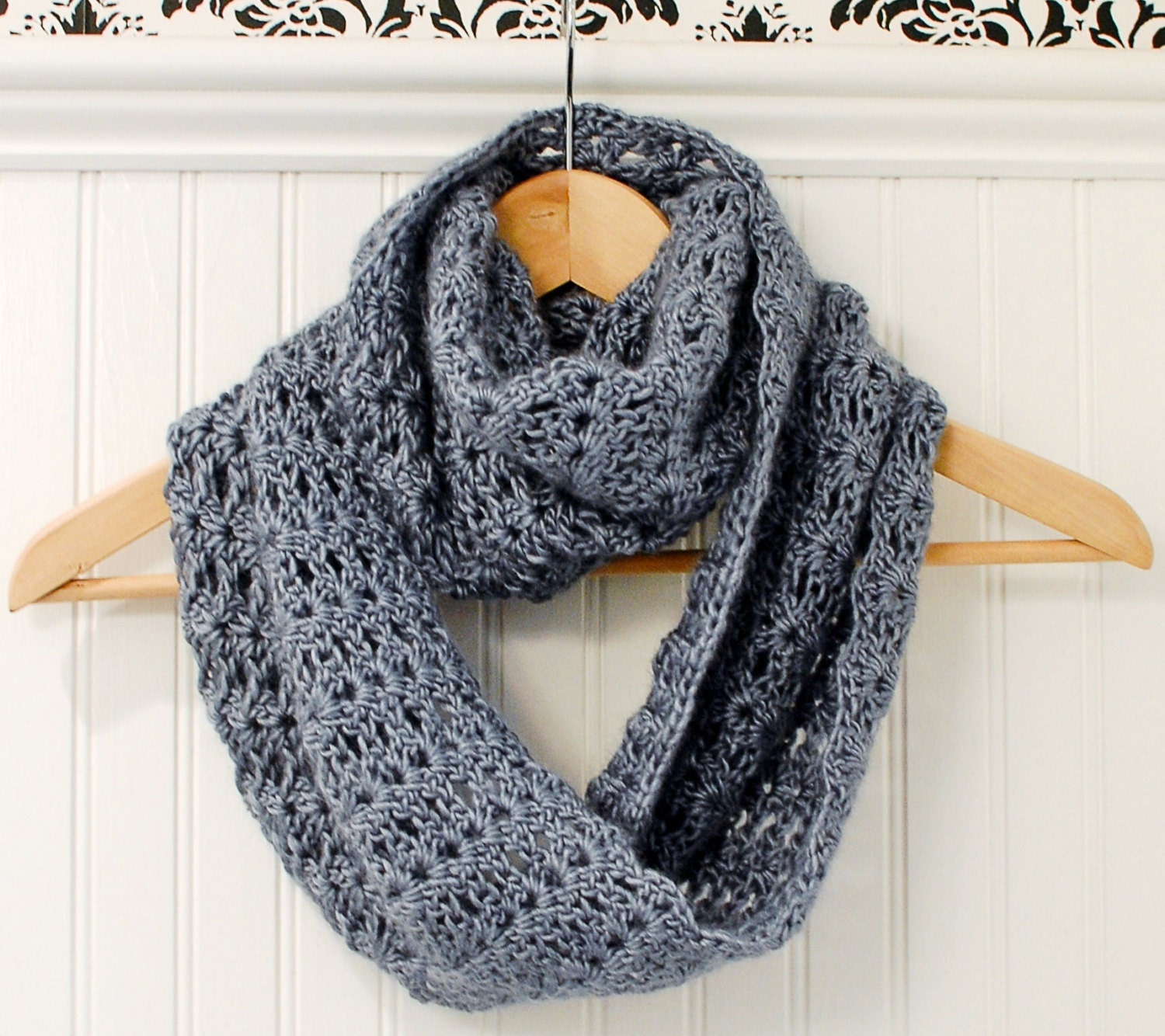 Crochet pattern mobius infinity scarf wrap pattern zoom bankloansurffo Image collections