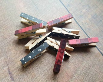 Christmas Clothespins. Decorative Clothespins. Tiny Clothespins. Mini Clothespins. Gift Tag Holder. Holiday Bag Toppers. Party Favor. Plaid.