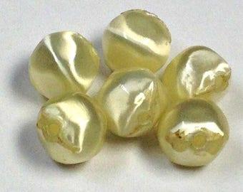 VINTAGE SILKY BEADS Yellowish Cream Japanese Lucite Fiber 8mm pkg6 slk2