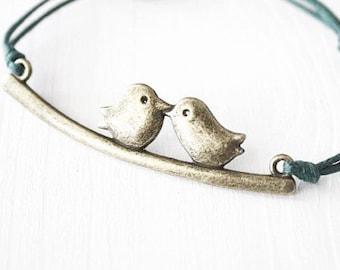 Love Birds Bracelet or Anklet in Antique Brass, Kissing Birds, Bronze Bracelet, Woodland Jewelry, Bird Bracelet, Nature Inspired, BFF Gift