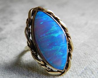 Vinage Opal Ring 14K Vintage Ring Vintage Australian Opal Unique Engagement Ring October Birthstone Libra Gift for Her