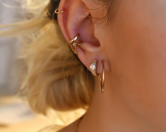 Gold Hoop Earrings, Tiny hoops Earrings, dainty hoop earrings, minimalist earrings, thin silver hoop earrings, minimalist jewelry silver