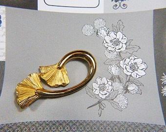 Vintage Gold Free Form Design Brooch - BR-532 - Gold Vintage Brooch