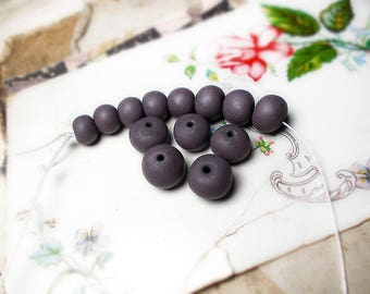 Polymer Clay Beads - Maker's Dozen no. 6 - 13 Rustic Dark Grey-Lavender Beads - Round, Rondelle - 9mm -13mm -  Graduated Spacers, Pairs Set