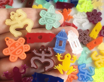 Mixed 10 PUERTO RICO laser cut acrylic charms (20mm)