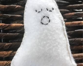 Cat nip BOO ghost toy