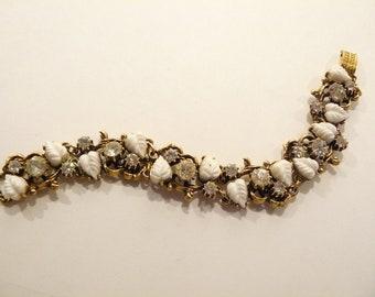 Beautiful Vintage Rhinestone & White Leaves Bracelet