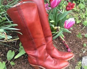 Whiskey Kickin FRYE Boots sz 8