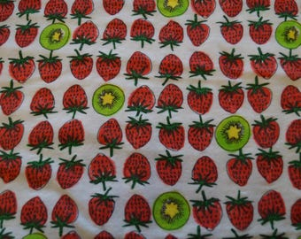 END OF BOLT Strawberry and Kiwi Flannel / Strawberry flannel / Flannel fabric / Kiwi flannel / Fruit fabric / Fruit fannel fabric