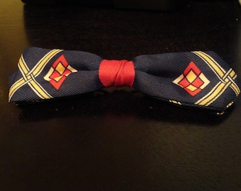"""Vintage Circa 1940's-1950's Dapper Clip Bow tie  """"A Real Stunner"""" and One of A Kind"""