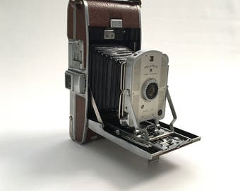 Vintage 1954 Polaroid Land Camera, Model 95A, with Flash Attachment and Case