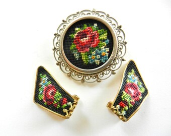 Austrian Vintage 1940s - A Rare  floral petit point embroidery pin and earrings set - extra chic-art.127-
