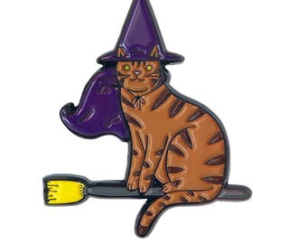 Witch Cat Pin -  cat pin - cat enamel pin - Halloween enamel Pin - Halloween pin - Halloween cat pin lapel pin hat pin