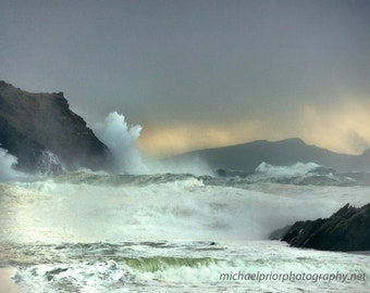 A huge storm at the sleeping giant in sleahead ireland