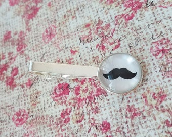 20% OFF -- 18 mm Mustache Black and white Tie clip ,Mens Accessories,Perfect Gift Idea