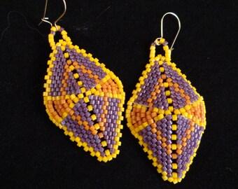 African seed bead earrings Africa Shield earrings Serengeti earring bright colorful african inspired handmade beaded dangling earrings