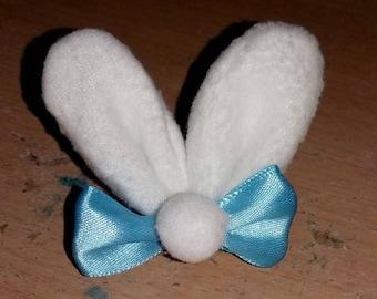 Bunny ears hair clip