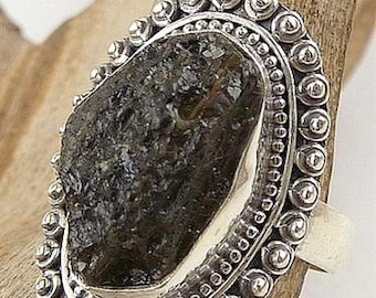MOLDAVITE SILVER RING. Jewelry natural stone, meteorite, the heart chakra Crystal healing minerals T 53 F225.11 care