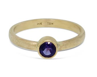 Solid Gold Amethyst Ring - Amethyst Solid Gold Ring - Promise Ring for Her - Engagement Ornament - Birthstone Ring