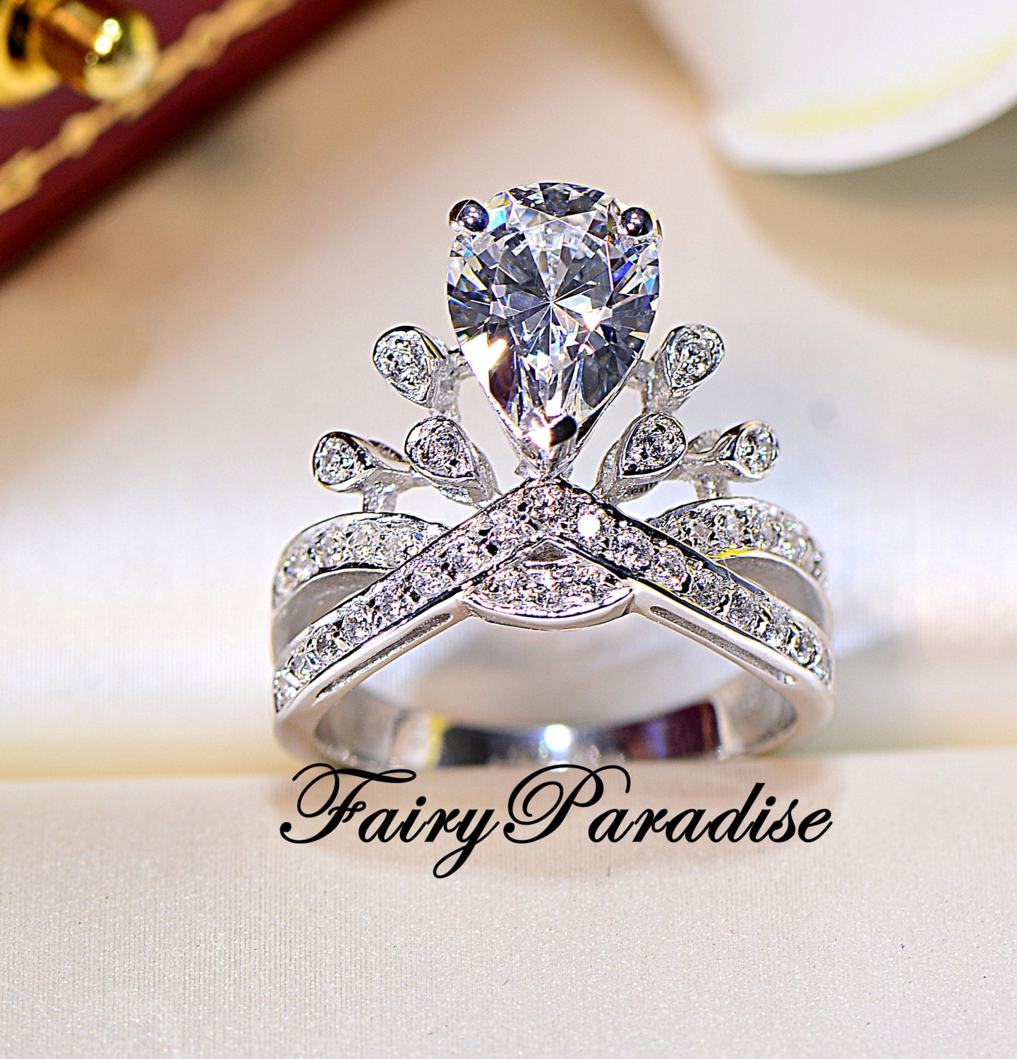 frog jewelry media statement proposal fairy animal engagement prince fairytale alternative ring rings