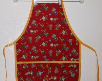 Child's Apron, Kids Apron, Apron Teddy Bears on Red  Size Medium #1034