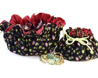 jewelry travel organizer, Jewelery purse Bag, Pouch, Bundle, jewelrybag, to keep your jewelry, medication, hair accessories, Drawstring