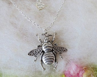 Honey Bee Necklace Silver Bee Pendant Garden Vintage Inspired Detail Pendant Bumble Wings Bee Keeper Silver Chain Whimsical Jewelry Retro