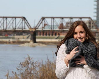Thick Hand-knit Scarf