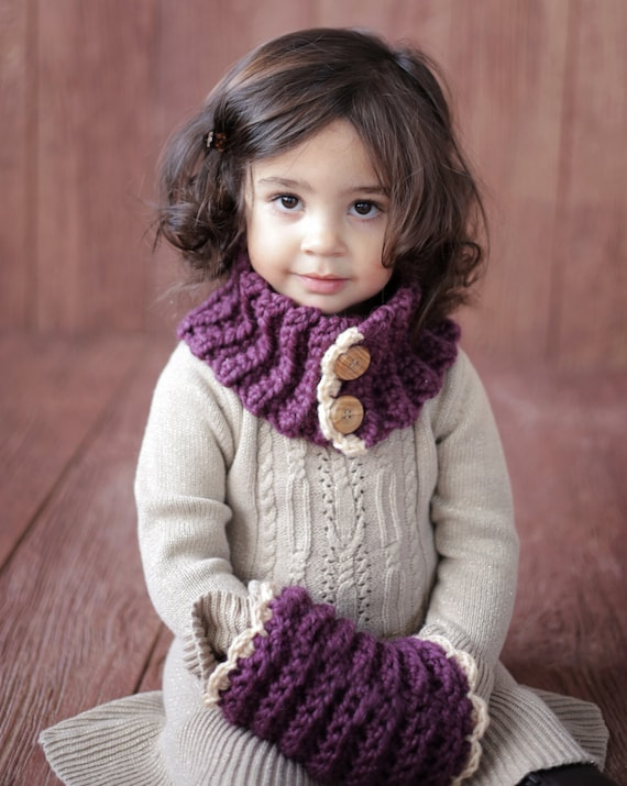 SCARF CROCHET PATTERN Girl Toddler Cowl and Muff The Violet