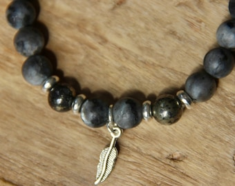 MENS Grade AAA Black Labradorite w Pyrite bracelet
