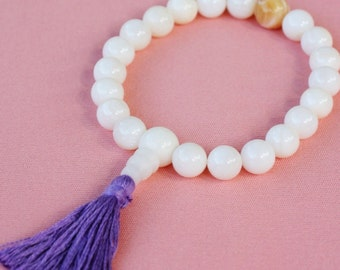 White Shell Wrist Mala with Lavender Silk Tassel - 21 Bead Buddhist Prayer Bead Bracelet - Shell Yoga and Meditation Mala