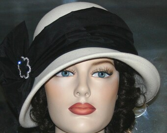 Flapper Hat, Downton Abbey Hat, Tea Party Hat, Gatsby Hat, Church Hat, Kentucky Derby Hat, Ascot Hat, Women's Ivory & Black Hat - Josephine