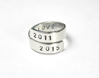 Anniversary Ring, Love Date Twist Wrap Ring, Love with Custom Date, Personalized Lovers Gift
