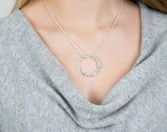 Single Ring Hammered Necklace