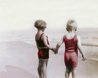 Photo print Children Hold HAnds at the Beach