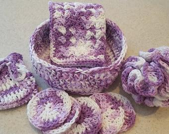 Hand Crocheted 100 % Cotton Spa set. 9 Piece Facial Set. 1 Facial Wash Cloths, 6 Scrubbies & Basket. 1Soap saver. 1 Crochet Puffy.