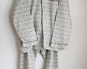 Mens Two Piece Cotton Flannel Pajamas, Size Medium Beige Brown Unused 1980s Vintage