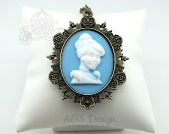 Cameo Necklace Victorian Cinderella Princess Antique Bronze Necklace Blue White Cameo Halloween Costume